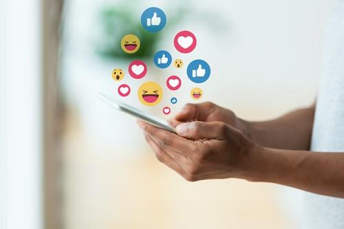 Teaching How Can Social Media Help Us?