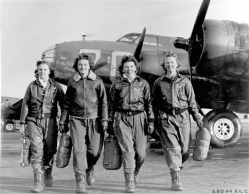 The changing roles of women in the US during WWII
