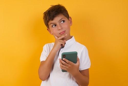 Teaching How Trustworthy Is Social Media?