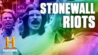 Teaching How the Stonewall Riots Sparked a Movement