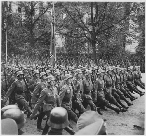 Teaching TIMELINE: World War II in Europe